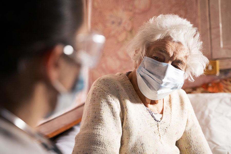 Senior citizen wearing facemask